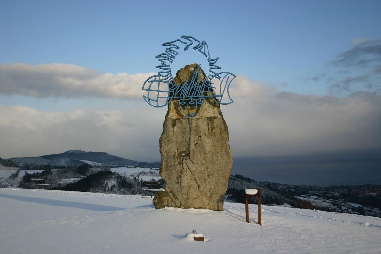 Escultura en la neive